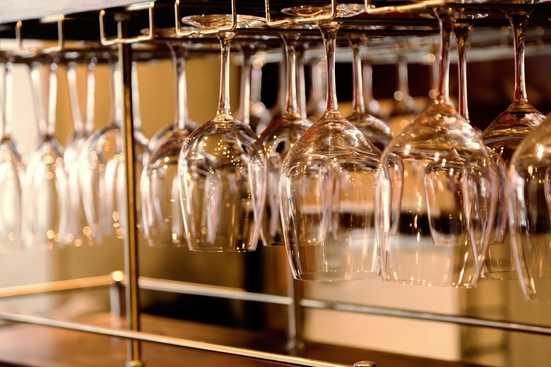 グラスはリーデル製をご用意致しております。